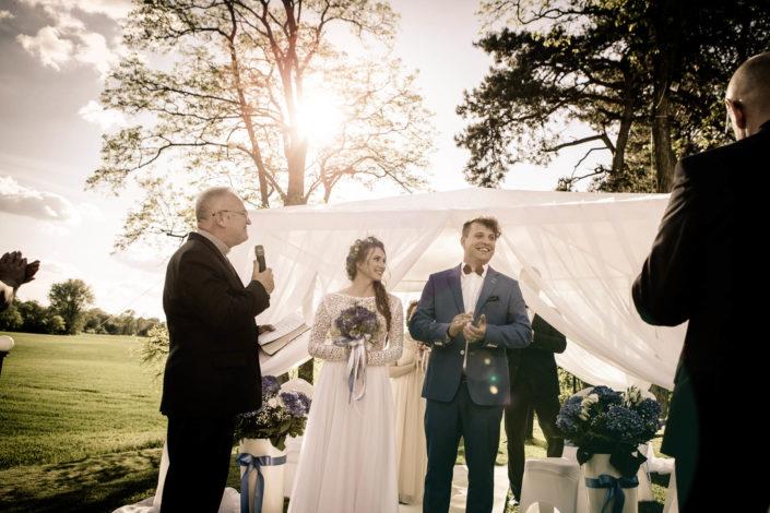 Ceremonia ślubna w plenerze Karoliny i Piotra